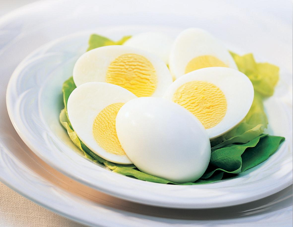 Как и сколько варить яйца всмятку и вкрутую